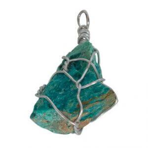 Pandantive din cristale si pietre semipretioase